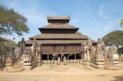Деревянный монастырь в Bagan Мьянме Стоковые Изображения RF