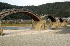 Деревянный мост мульти-свода Стоковые Фото