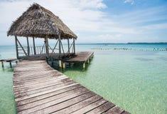 Деревянный мост над морем в del Toro Bocas, Панаме Стоковое фото RF