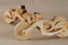 Деревянный мотоцикл игрушки Стоковые Фотографии RF