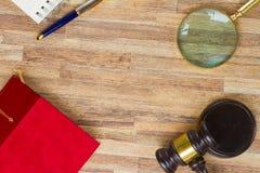 Деревянный молоток закона Стоковые Изображения RF
