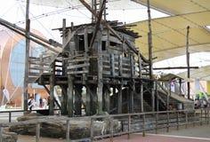 Деревянный дом на экспо 2015 в милане Италии Стоковое Изображение RF