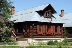 Деревянный дом с печью Стоковое Фото