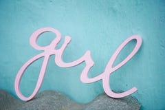 Деревянный пинк девушки литерности Беременность, newborn Стоковое Фото