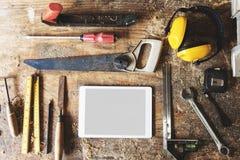 Деревянный профессионал пиломатериала тимберса магазина оборудует концепцию стоковая фотография rf