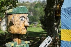 Деревянный солдат в зеленом берете Стоковое фото RF
