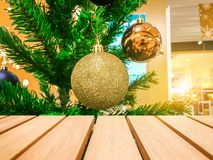 Деревянный стол для ваших текстуры и концепции продукта Стоковые Изображения