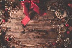 Деревянный стол с украшением рождества стоковая фотография rf