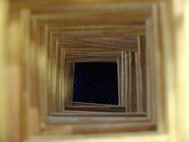 Деревянный тоннель к темной хляби Концепции освобождать надежду, безвыходное будущее, злосчастие и ошибки Деревянный тоннель к стоковое фото rf