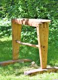 Деревянный тормоз льна используемый в обрабатывать льна стоковое фото rf