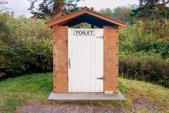 Деревянный туалет Стоковые Изображения