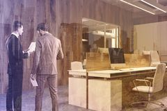 Деревянный угол офиса стены при тонизированный плакат Стоковые Фото