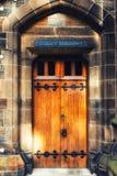 Деревянный университет Глазго двери Стоковая Фотография