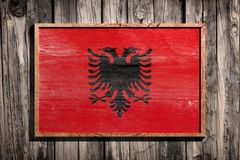 Деревянный флаг Албании Стоковое Изображение RF