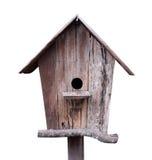 Деревянный birdhouse изолированный на белой предпосылке, пути клиппирования inc стоковое фото rf