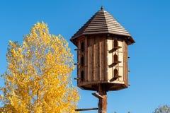 Деревянный dovecote стоковое изображение