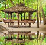 Деревянный Gazebo сада Стоковое Изображение