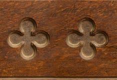 Деревянным сформированная cloverleaf картина indent плавно tileable стоковое изображение