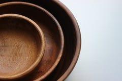 3 деревянных пустых шара еды штабелированного na górze одина другого Стоковое Изображение RF