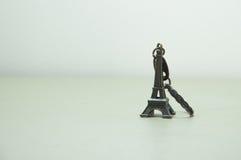 Держатель ing ключа Eiffel стоковое изображение