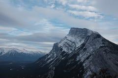 Держатель Rundle, национальный парк Banff стоковое фото rf