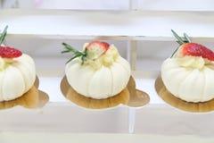 Десерты и торты стоковые изображения