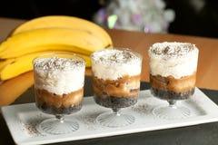 Десерты Parfait карамельки банана Стоковое Изображение RF