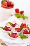 Десерт клубники с мятой Стоковая Фотография