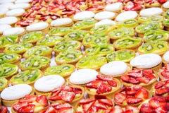 Десерт с свежими фруктами. Стоковые Фотографии RF
