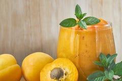 Десерт smoothie абрикоса Стоковое Изображение