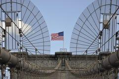 Детали Бруклинского моста над Ист-Ривер Манхаттана от Нью-Йорка в Соединенных Штатах стоковые фото