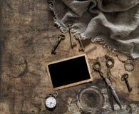 Детали винтажной рамки фото античные scissors положение квартиры ключей Стоковое фото RF