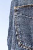 Детали голубых джинсов в молнии, карманн Стоковые Изображения RF