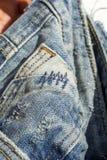 Детали голубых джинсов в молнии, карманн Стоковая Фотография RF