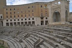 Детали римского амфитеатра в Lecce, regione Apulia, souther Италии стоковые фото