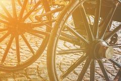 Детали старых винтажных колес экипажа Стоковая Фотография