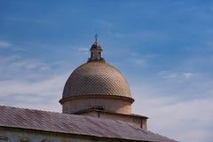 Детали экстерьера di Santa Maria Assunta Cattedrale Metropolitana Primaziale собора Пизы; стоковая фотография rf