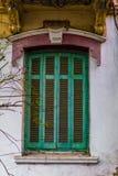 Детали Architeture покинутый 100 лет старого дома, окна Стоковые Фото