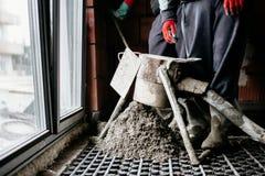 Детали Screed Выравнивать screed песка и цемента над топлением пола стоковое изображение rf