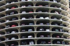 деталь города выравнивает стоянку автомобилей Марины Стоковые Изображения RF