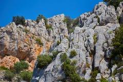 Деталь горы в солнечном дне стоковые изображения rf