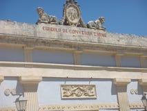 Деталь здания круга переговора в центре Рагузы Ibla в Сицилии Италия стоковые фотографии rf