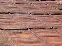 Деталь крыши старого утюга ржавой стоковое фото
