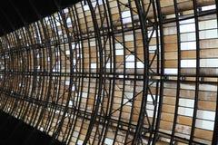 деталь крышки вокзала Праги стоковые фото