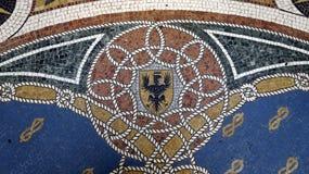Деталь мозаики на галерее Vittorio Emanuele II пола r r стоковое изображение