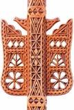 Деталь на неподдельном Handmade деревянном геометрическом украшении искусства на изолированном инструменте Distaff Стоковое Фото
