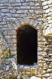 Деталь на старом замке с каменной стеной Стоковые Изображения RF
