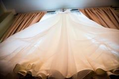 Деталь платья свадьбы стоковое фото rf