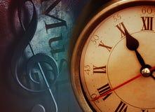 Деталь ретро будильника с предпосылкой дискантового ключа Стоковое Изображение