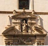 Деталь статуи на церков Кадиса стоковая фотография rf